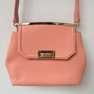 zalora peach sling bag