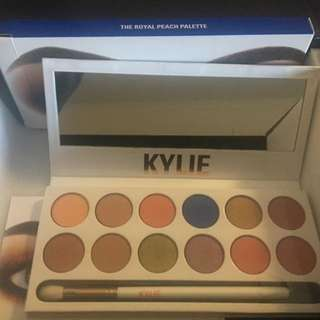Kylie Jenner Peach Palette