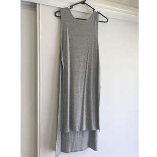 GREY LONG SLEEVLESS TOP