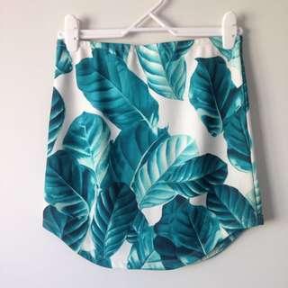 Body con Leaves Skirt