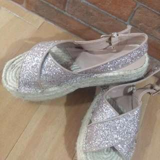 Wedge Shoes From Stradivarius