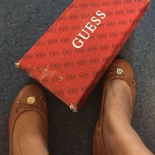 Guess Leather Flatshoes Size 5