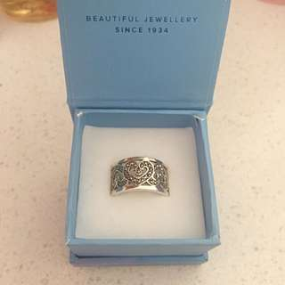 Bevillies Stirling Silver Ring