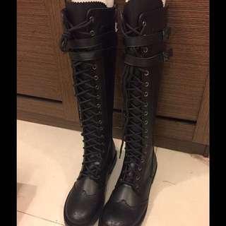 韓.黑色綁帶高筒靴.超正點