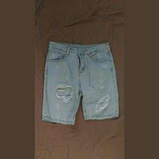 單寧 水洗 刷破 短牛仔褲