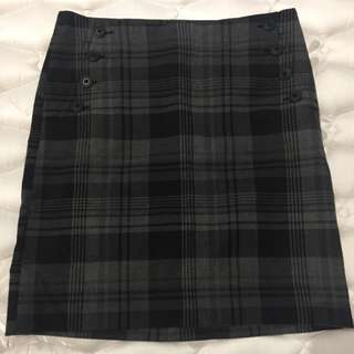 Gap Skirt - Size s