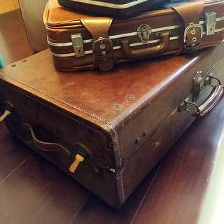 古董木製皮革手提箱 可當茶几 擺飾