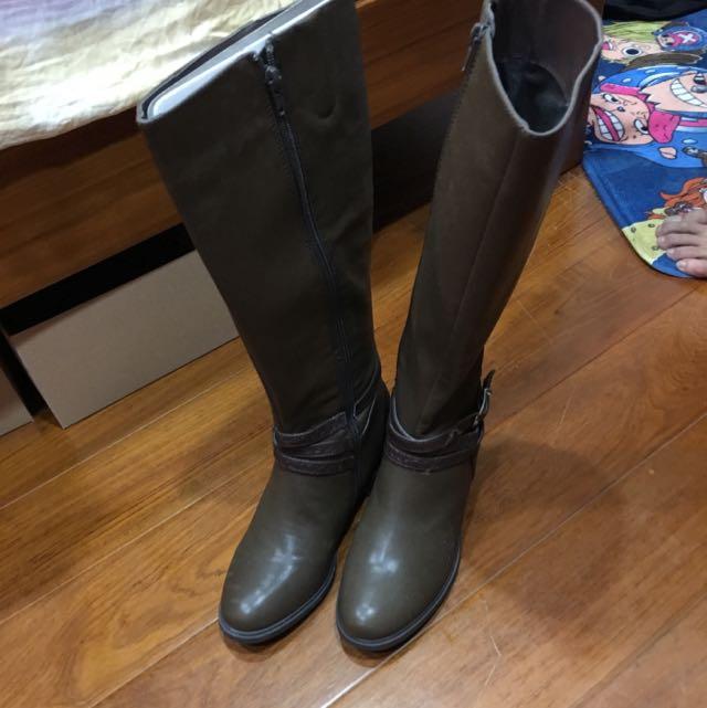 達芙妮及膝靴 25號