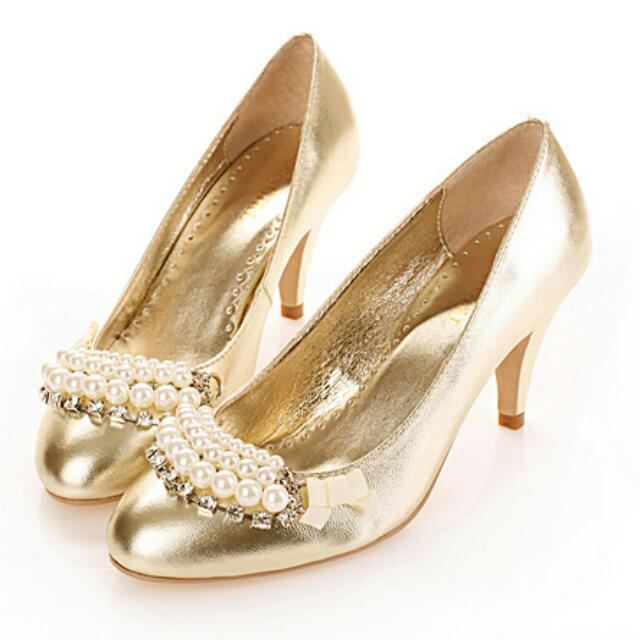 【售 ☆歐洲名模派對晚宴金色羊皮珍珠高跟鞋/新娘鞋☆】