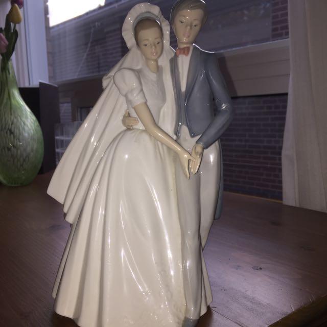 Beautiful Decor Brom And Bride