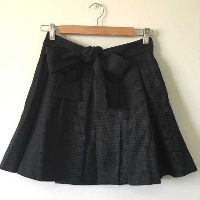 Black Cue Skirt