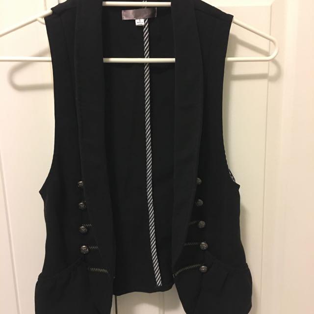 Black Vest, Size 8