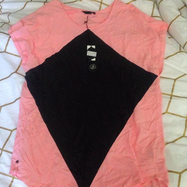 BNWT Sz8 Von Zipper Tshirt Dress Coral/Black