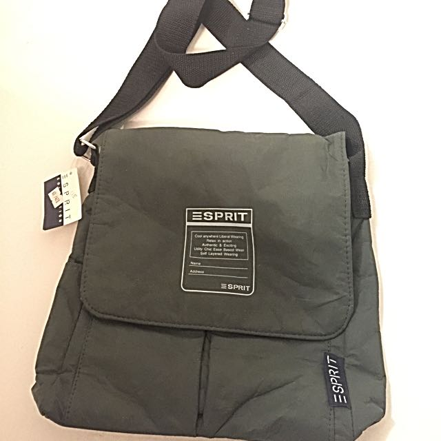 Esprit Cross-Body