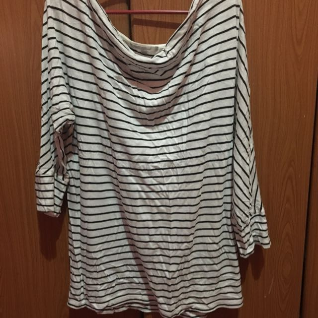 GAP Ladies Blouse Large (Black and White Stripe)