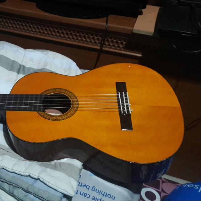 Gitar Yamaha CG 102