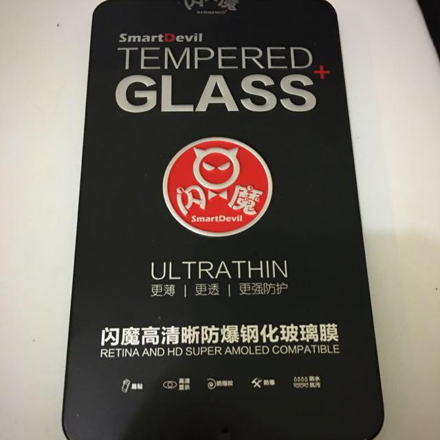 Iphone 6 Plus 5.5吋玻璃保護貼