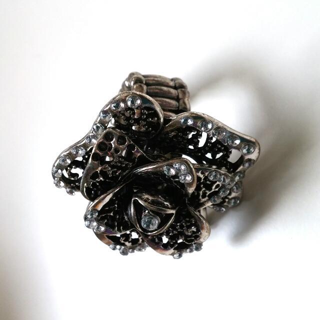 Metal Flower Ring