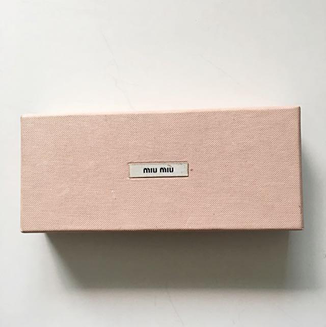 82cd6c00a7d Miu miu box