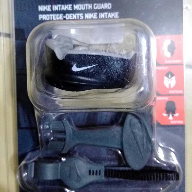 Nike 護牙套
