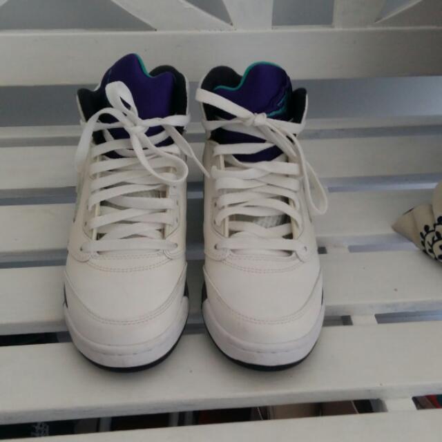 Nike Jordan5 Retro Grapes Size 6Y/7W