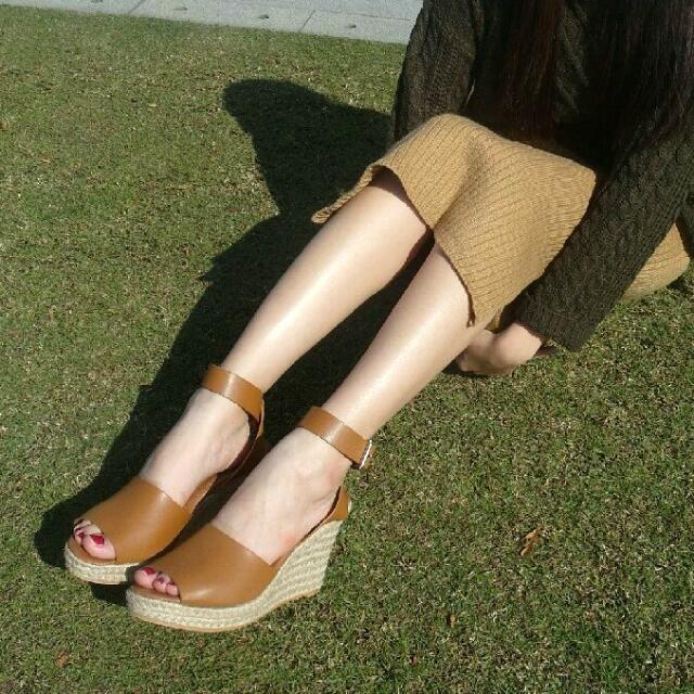 Pazzo 波西米亞風棕色草編高跟鞋 25號
