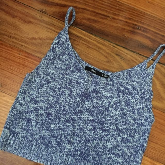 Sports girl Size S Knitted Crop