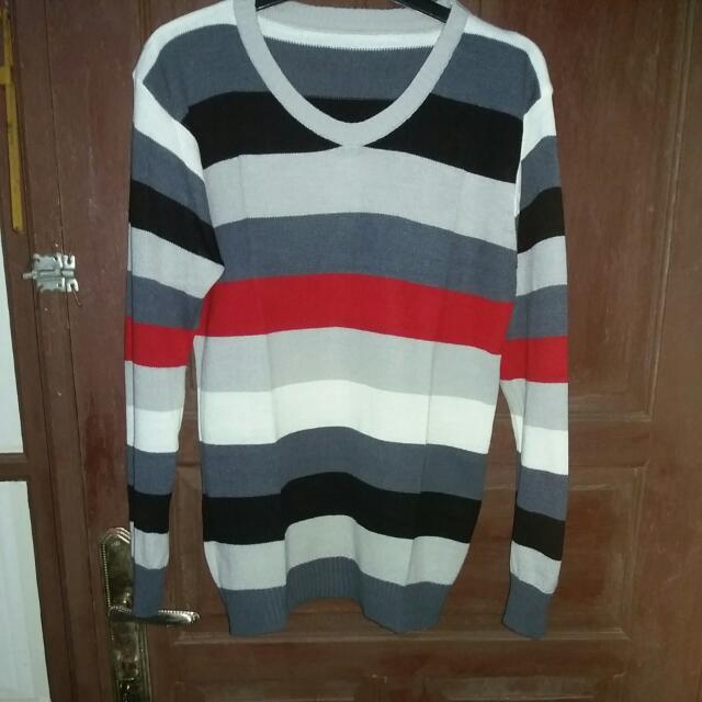 Sweater Garis Warna Rajut