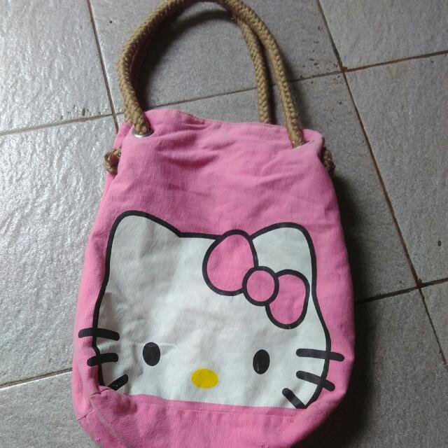 Tas Kanvas Hello Kitty