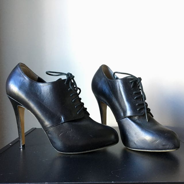Tony Bianco Lace Up Ankle Boots - Size 9 1/2