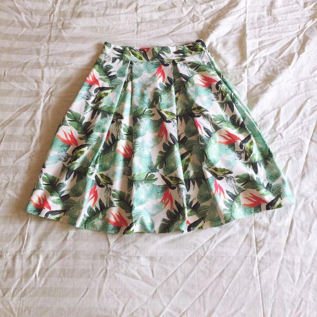 Tropical Print Pleated Skirt