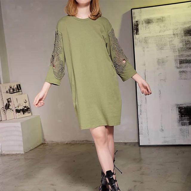 Y2™歐美簡約蕾絲簍空氣質拼接七分袖長版洋裝▪️休閒寬鬆時尚大版中大尺碼顯瘦修身設計款大碼女裝韓版日本代購早春新款
