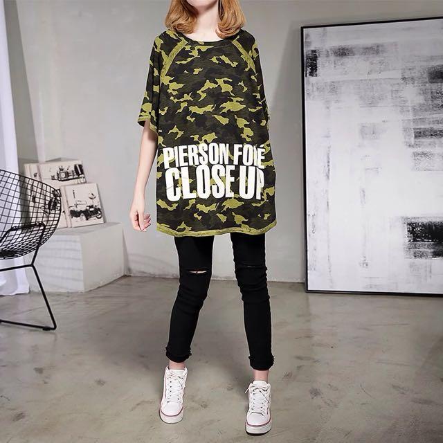 Y2™歐美簡約迷彩字母蝙蝠袖拼接七分袖長版上衣▪️休閒寬鬆時尚大版中大尺碼顯瘦修身設計款大碼女裝韓版日本代購早春新款