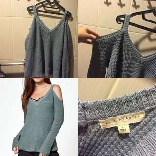 [NEW]Pacsun Cold Shoulder Sweater (size:L)