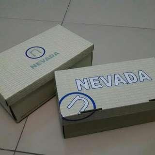Kotak Sepatu Nevada