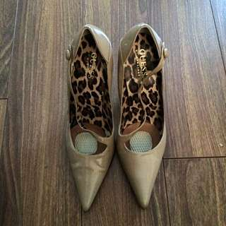 Guess 3in Heels Sz6