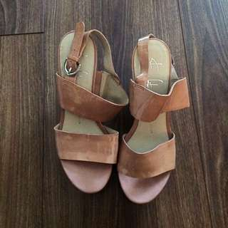 Franco Sarto Wedges 3in Sz6