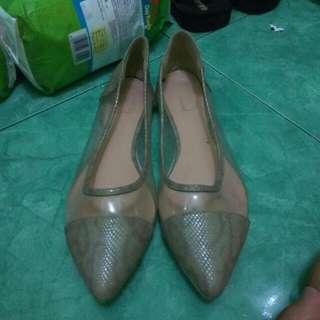 Sepatu Flat Shoes Berrybenka Label Turun Harga