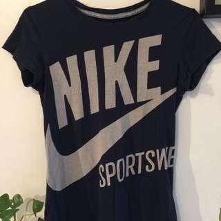 Nike短袖運動t