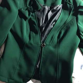 Vintage Emerald Green Blazer (semi Cropped)