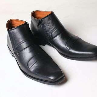 Sepatu Kulit Pantofel Flavio Avelino