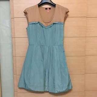 MOMA撞色洋裝