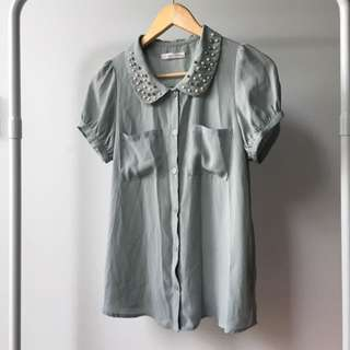 Size S Blouse With Detail Collar