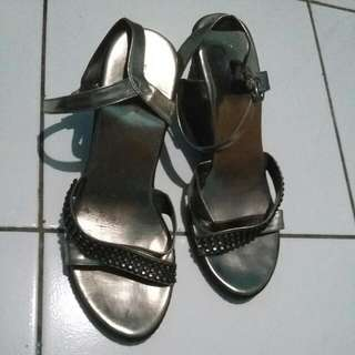 Reprice! Fladeo Strap Wedges