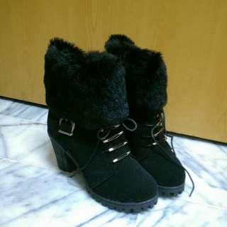 黑毛絨馬靴23.5