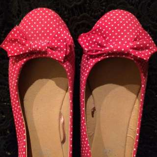 Red & White Spotty Flats