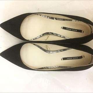 Zara basic Heel Shoe Black
