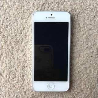 Silver iPhone 5 32GB