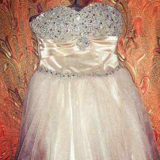 PROM DRESS BALLOON GOWN