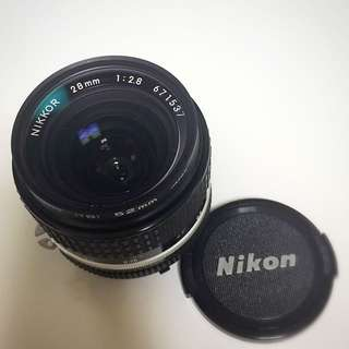 Nikon 28mm f2.8 AI-S (wide angle lens)